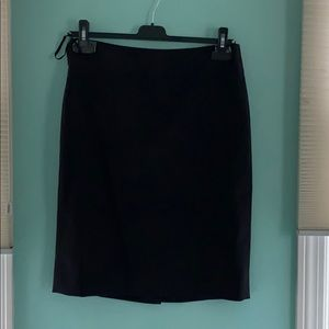 Anne Klein classic pencil skirt in black size 2